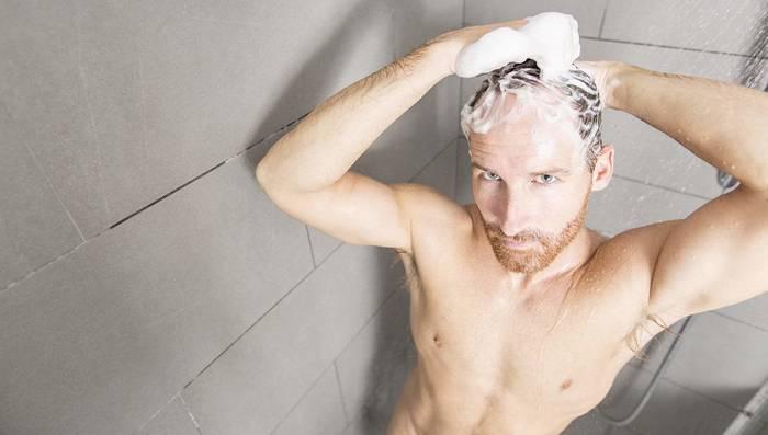 Уход за волосами начинается с шампуня, которым моешь голову