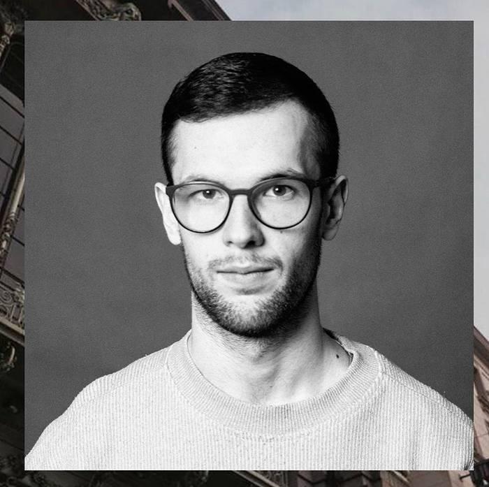 «Мой волосы правильным профессиональным шампунем, подходящим для тебя», — Алексей Плотников
