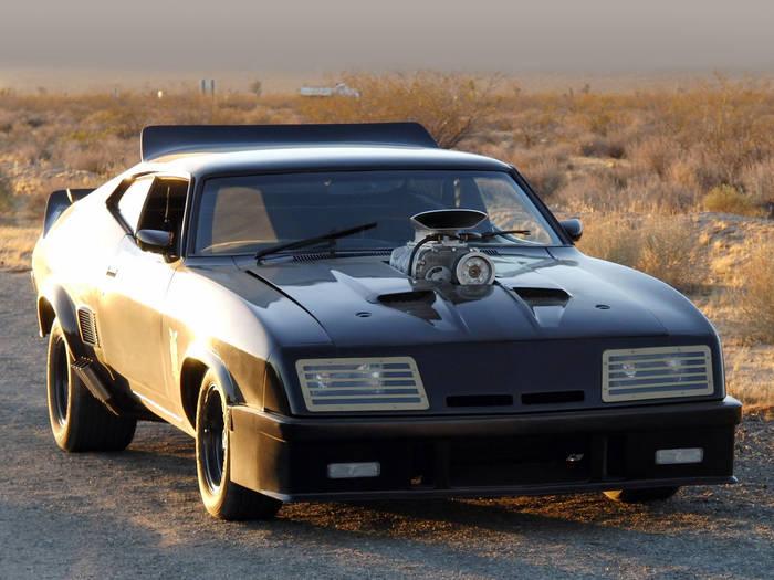 Ford Falcon XB — «Безумный Макс», 1979