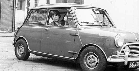 Раритетные Ford и уникальный Aston Martin: что коллекционирует сэр Пол Маккартни