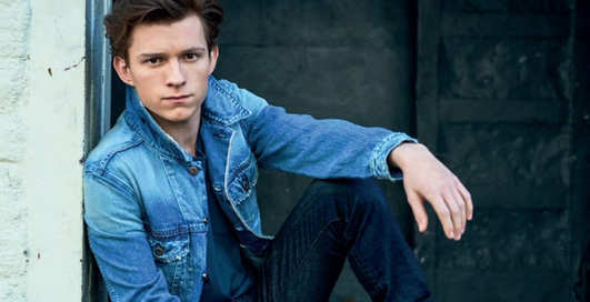 Рубашки, костюмы и джинсовки: 14 стильных луков для работы летом 2020