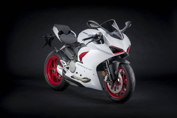 "Ducati Panigale V2 в цветах ""Star White Silk"". Мощность — 155 л.с."