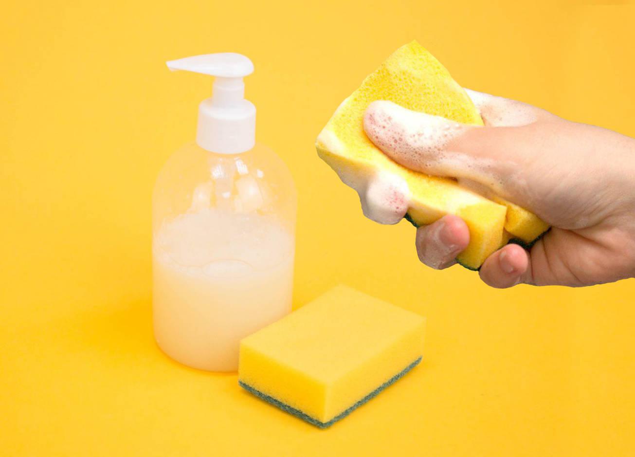 Как приготовить безопасное средство для мытья посуды своими руками