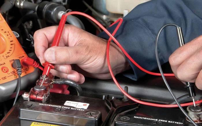 Как правильно заряжать аккумулятор автомобиля — не перепутай полярность