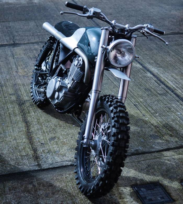 Autofabrica XY7