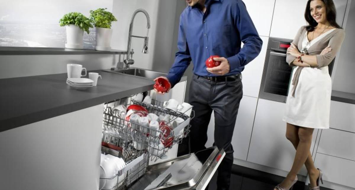 ТОП-5 неожиданных вещей, которые можно мыть в посудомоечной машине