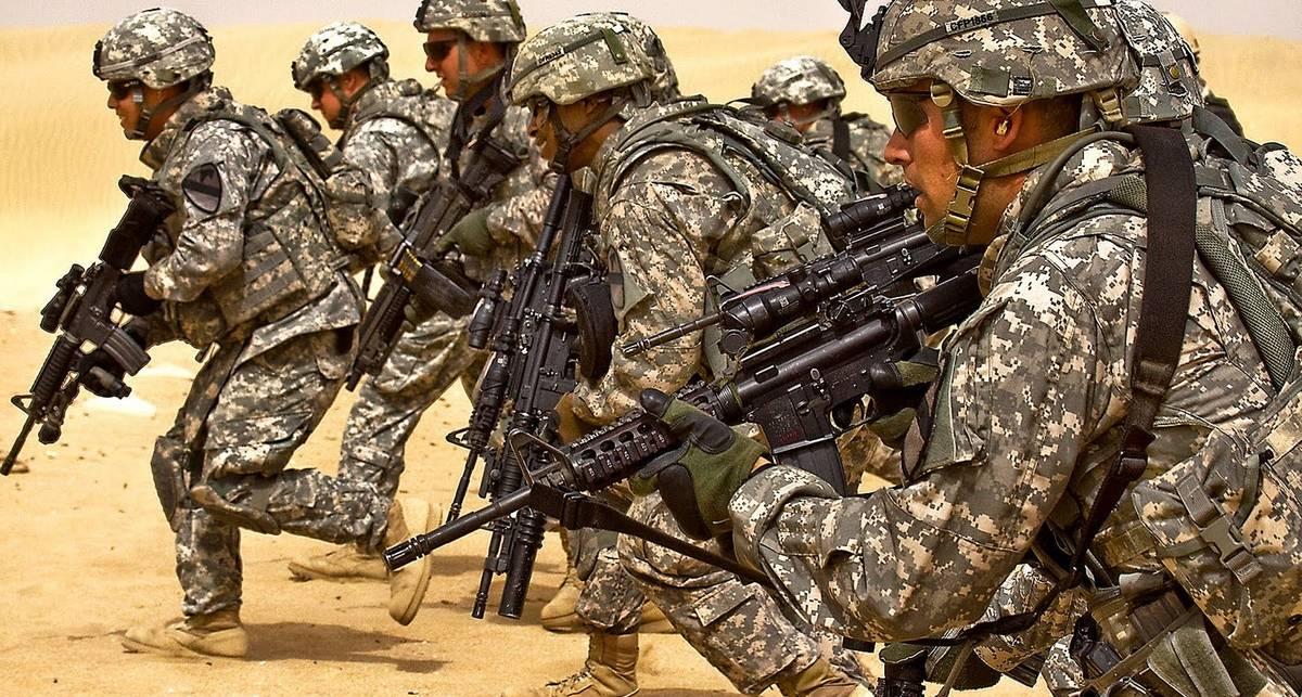 Как быстро стать солдатом: ТОП-10 вещей в стиле милитари