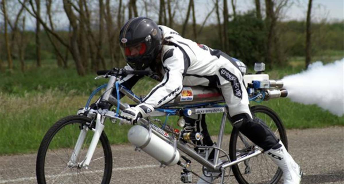 Осень на колесах: как утепляться велосипедисту