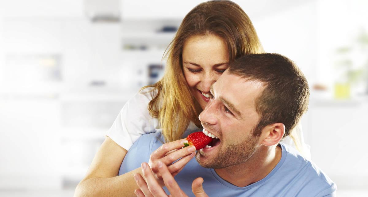 Как улучшить качество спермы: десятка мужских продуктов