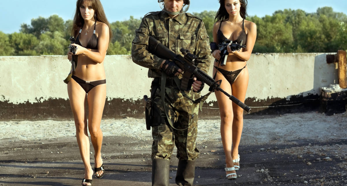 ТОП-5 вещей в стиле милитари, нужных каждому
