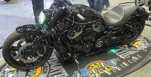 Монстры года: ТОП-10 мужских мотоциклов-2013