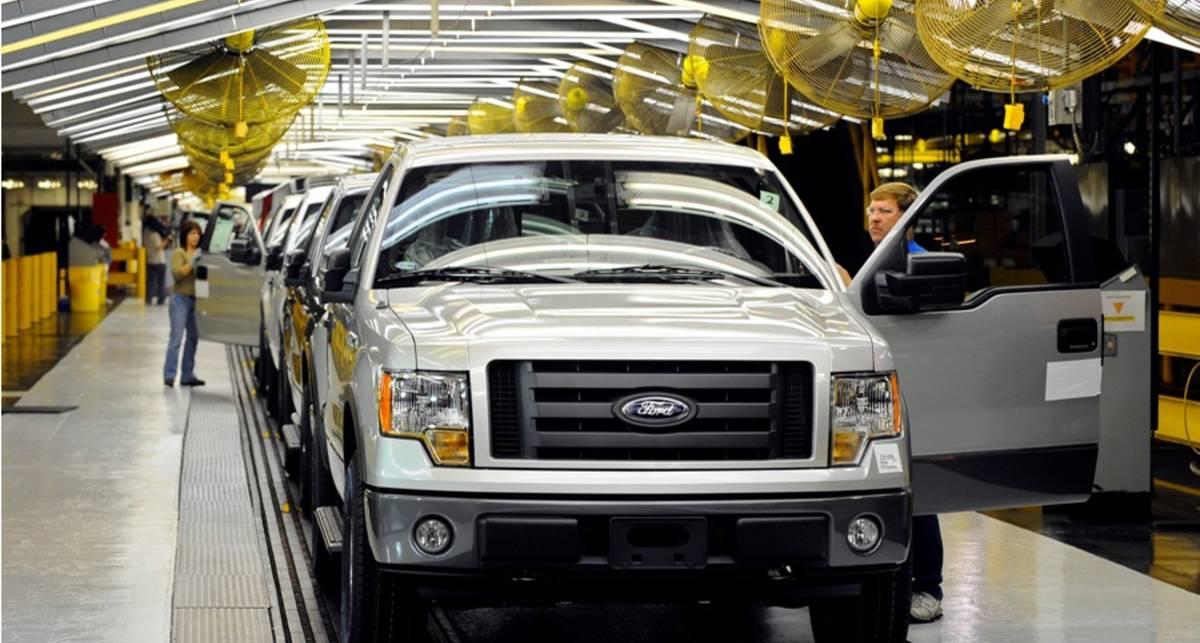 Ford отзывает 1 млн. пикапов