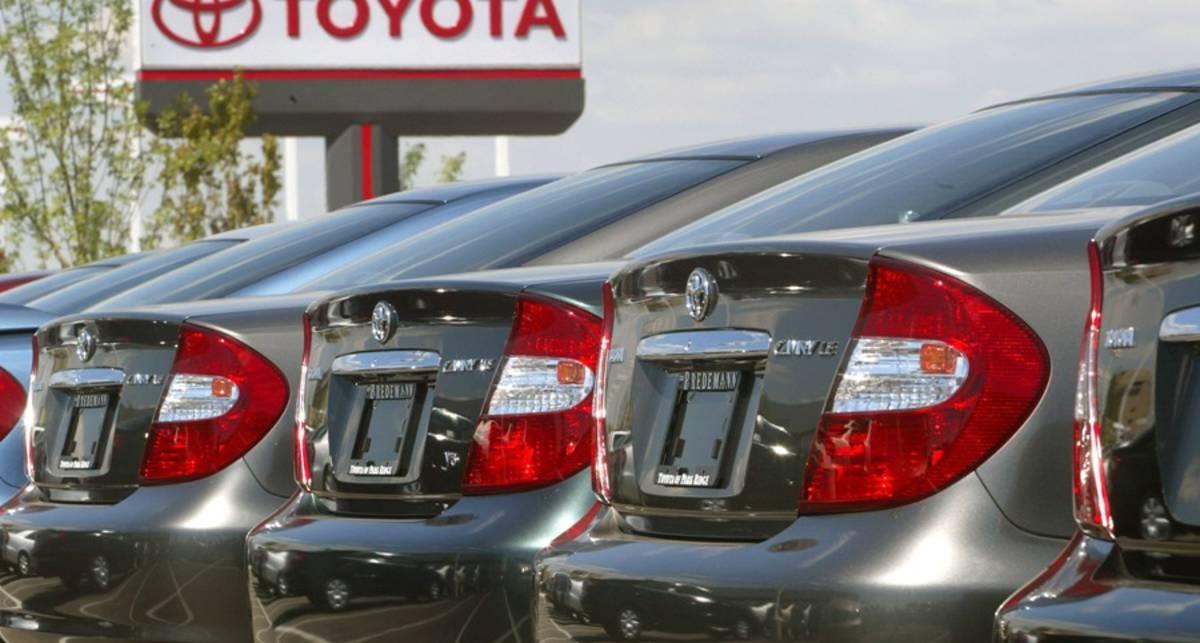 Toyota потеснила BMW в списке самых дорогих автобрендов
