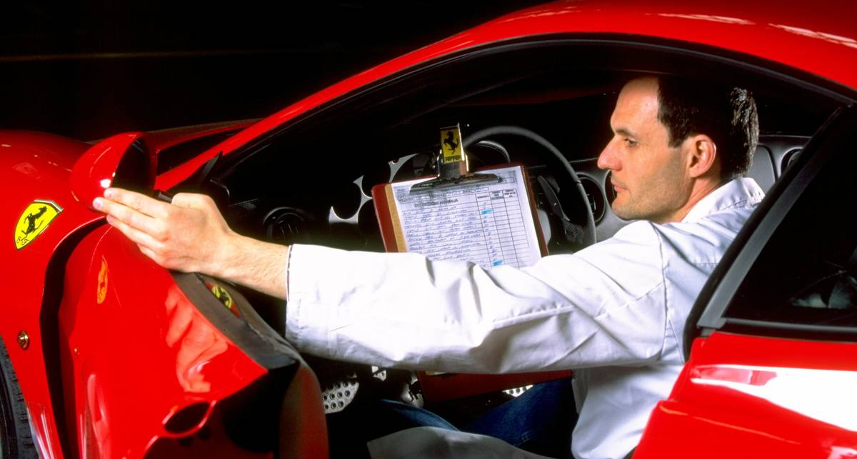 Ferrari работает над еще одним спорткаром
