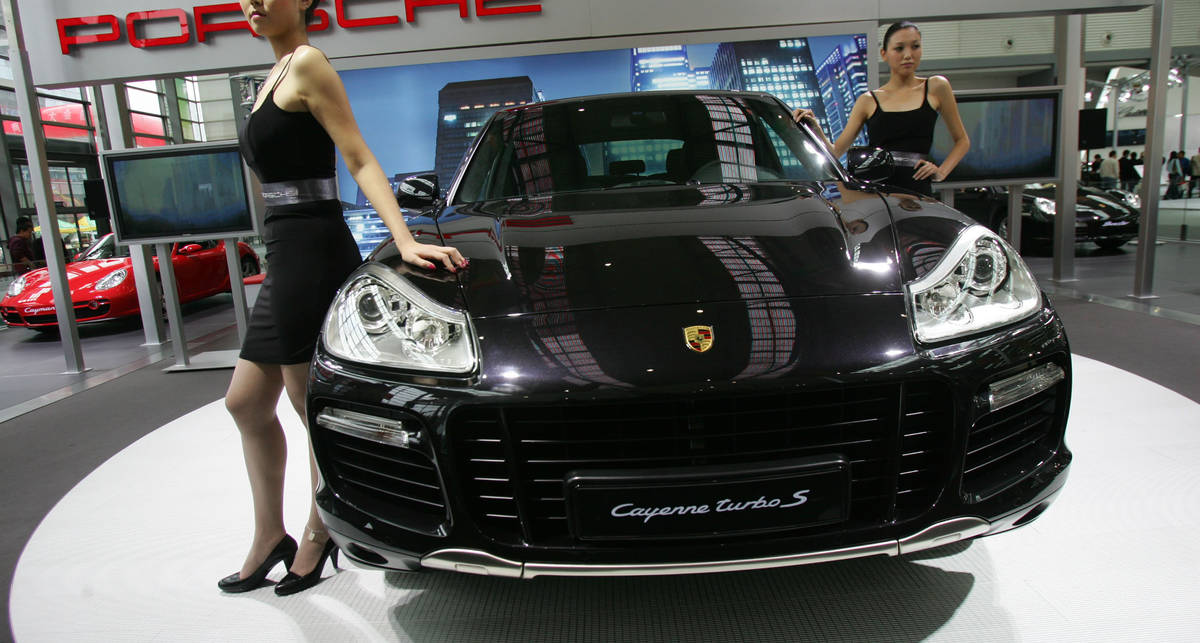 Китайцы ждут Porsche Cayenne по 2 года
