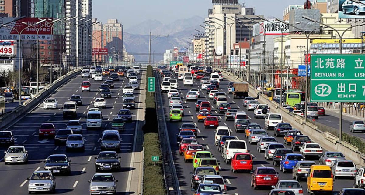Китайские водители будут ездить по очереди