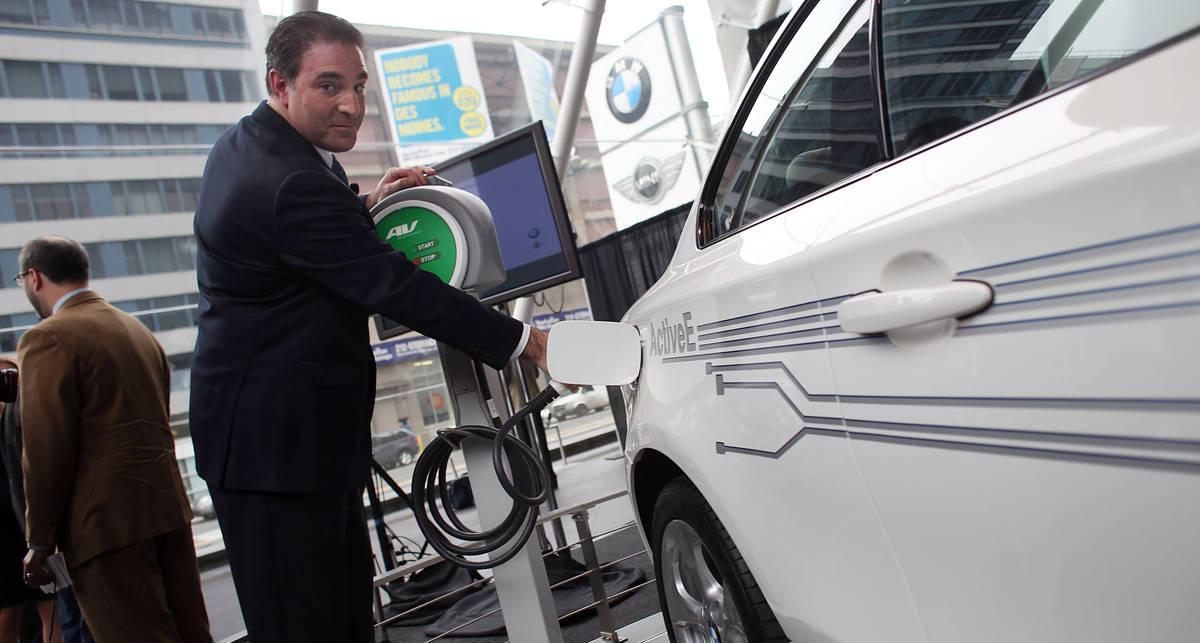 В электромобили зальют жидкое топливо