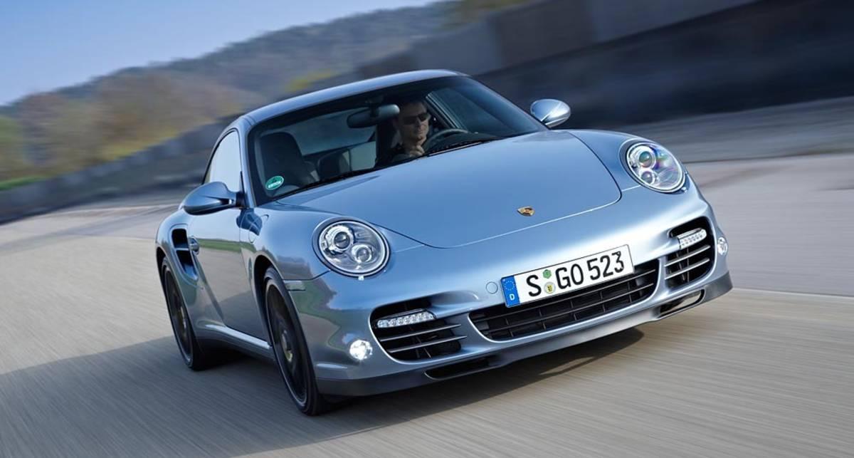 Спорткары Porsche теряют колеса на ходу