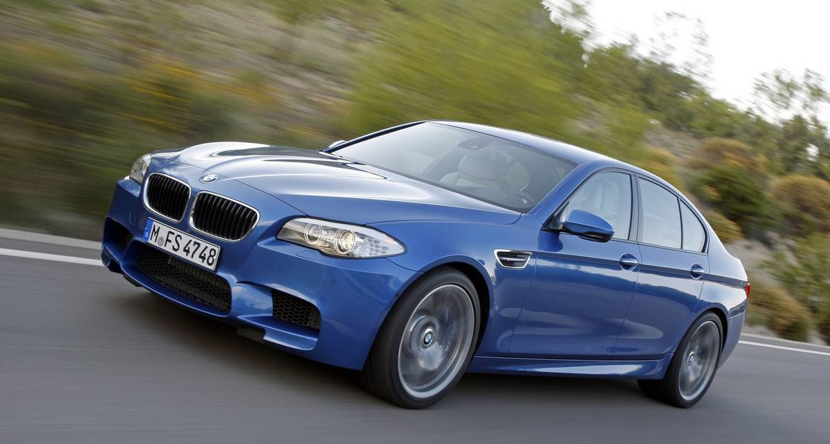 Новинка BMW стала самым быстрым седаном в мире