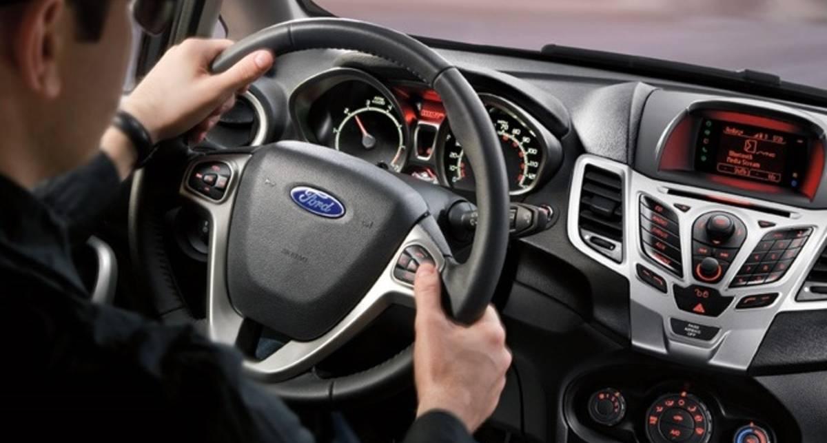 Машины Ford будут сами звонить в техподдержку
