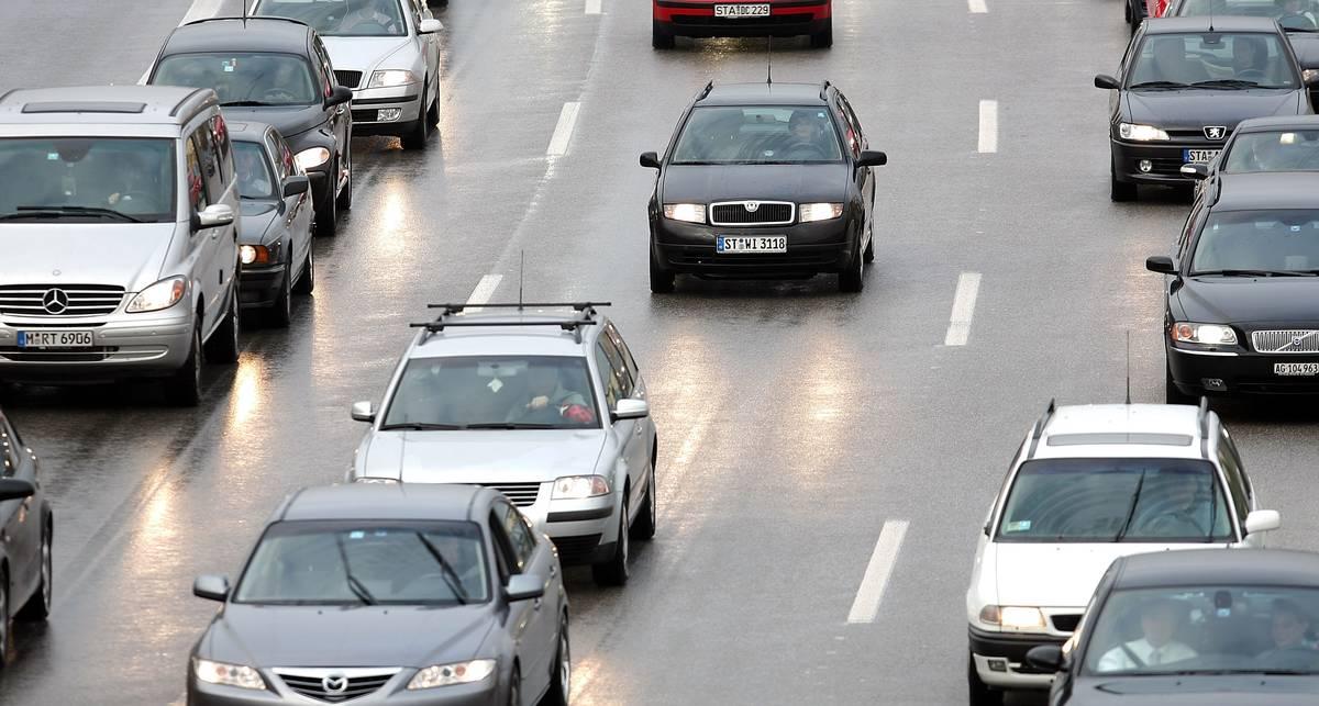 Шведы решили поощрять внимательных водителей