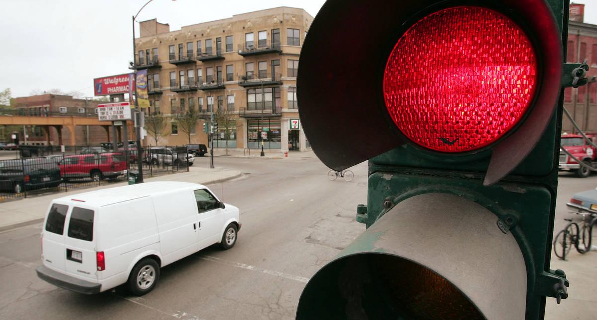 Эстонские светофоры будут контролировать скорость