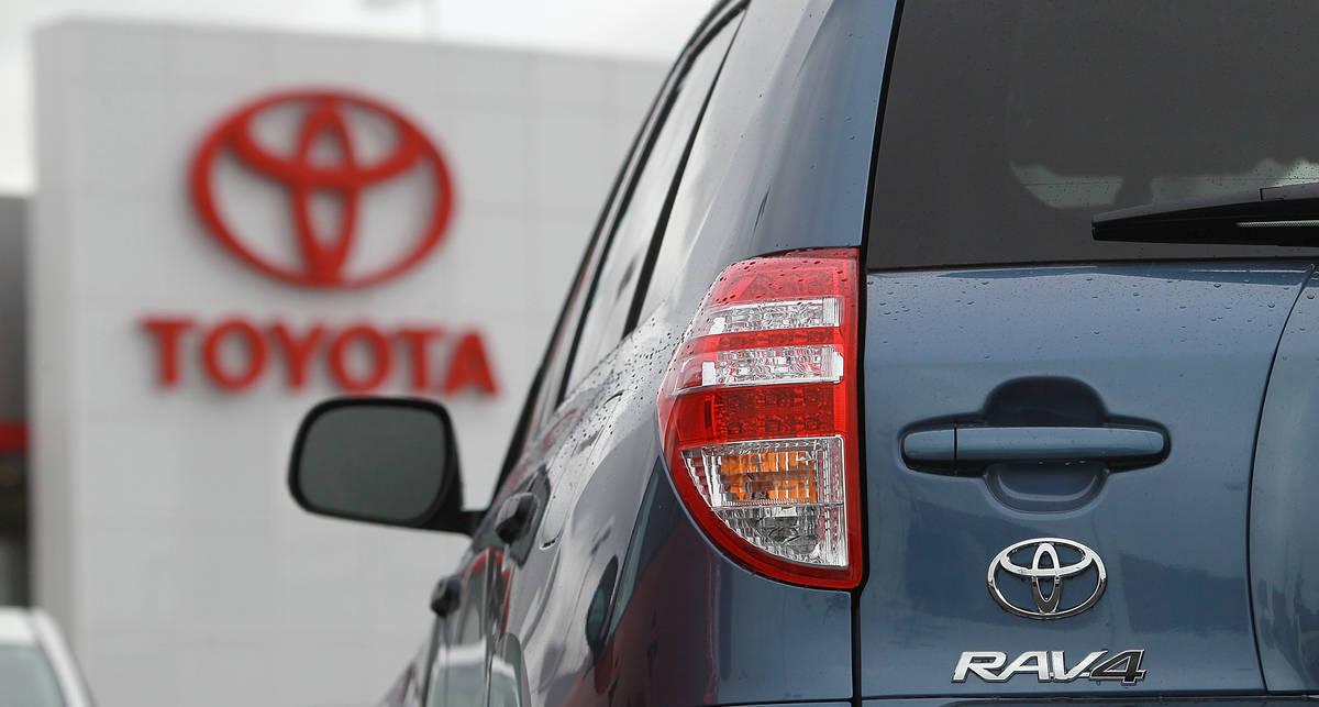 Toyota скооперировалась с Tesla Motors