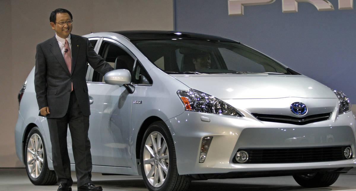 Новый Prius будет в 2 раза экономичней