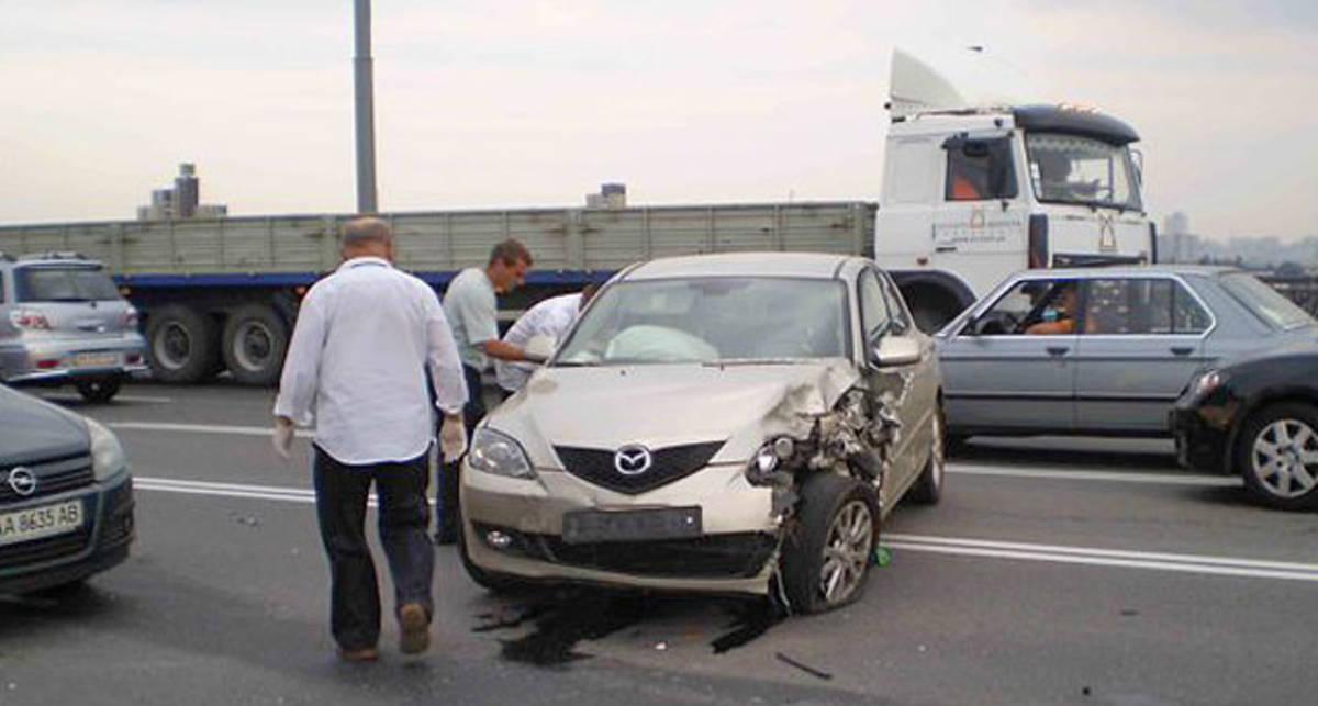 Самые аварийные места Киева - Южный мост и Заболотного