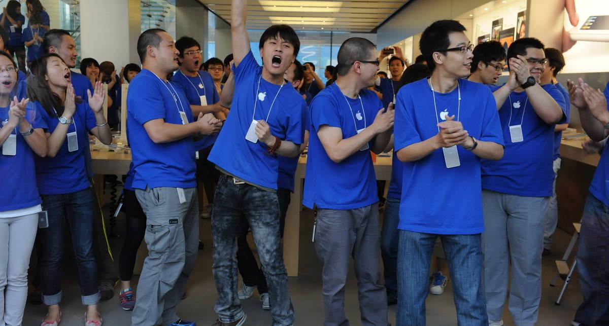 iPhone 5 начнут продавать уже в августе