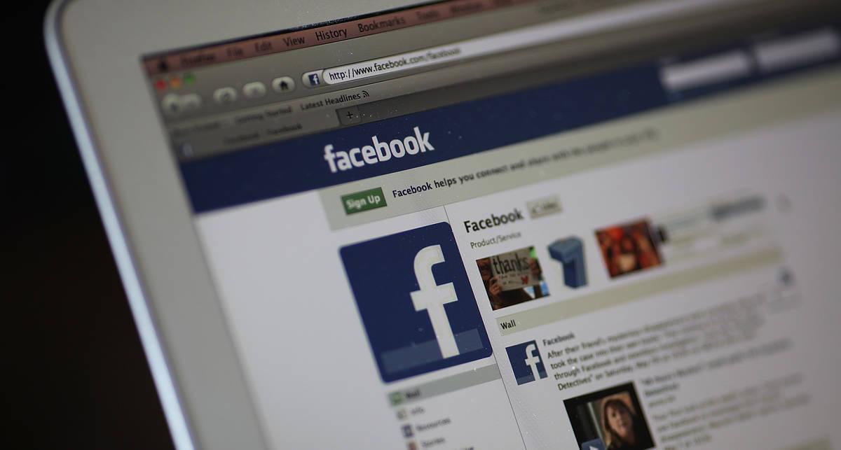 В Facebook теперь можно комментировать фотографиями и видео