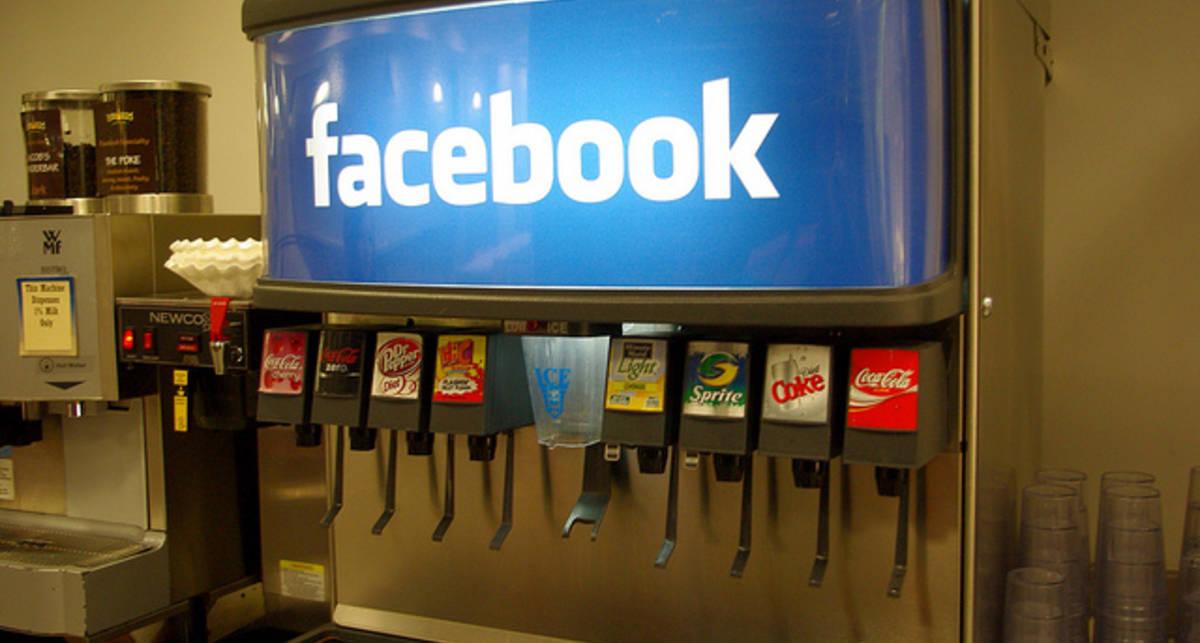 Cистема распознавания лиц на Facebook вызвала протесты