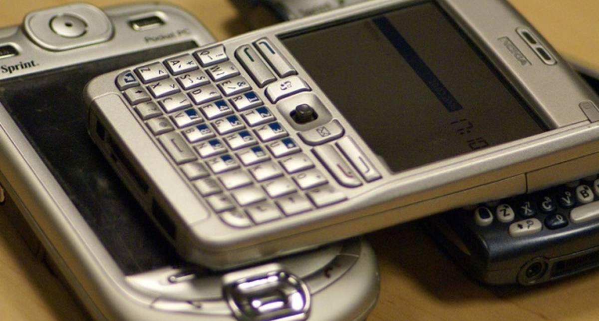 Рынок смартфонов вырастет в два раза к 2015 году