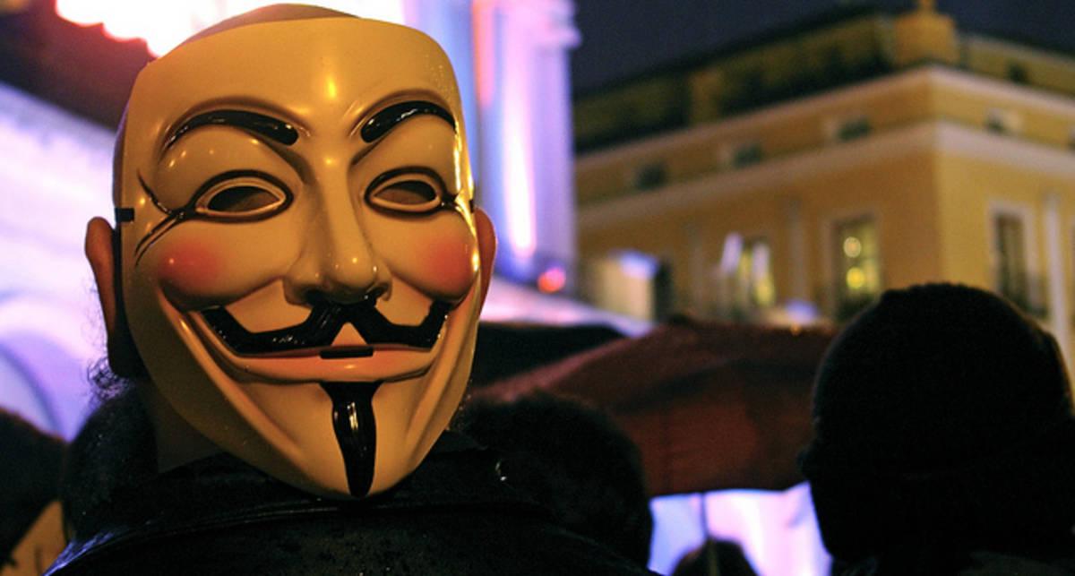Anonymous отказалась от уничтожения Facebook