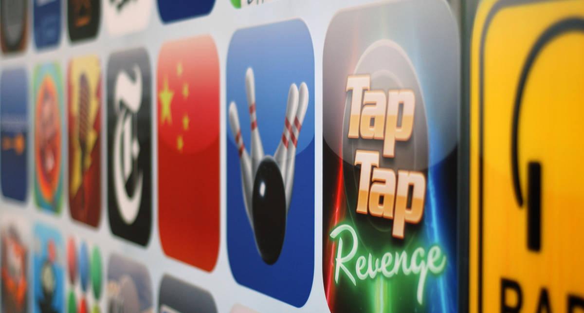 Число загрузок из Apple App Store превысило 15 миллиардов