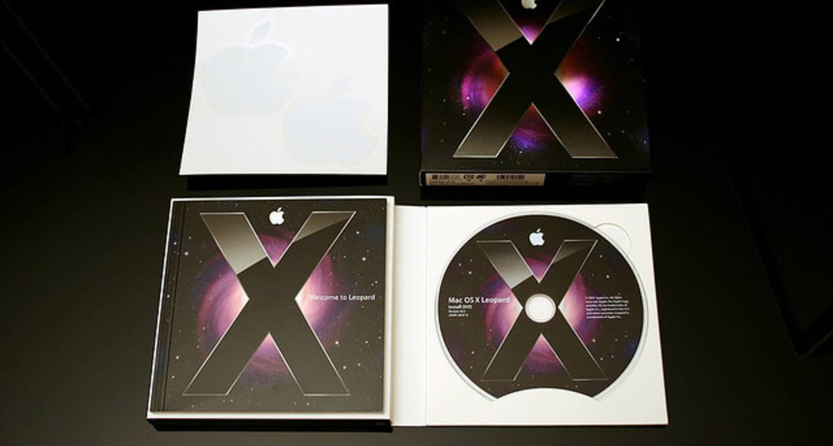 Новую версию Mac OS X Lion скачали более миллиона раз в первый же день после запуска