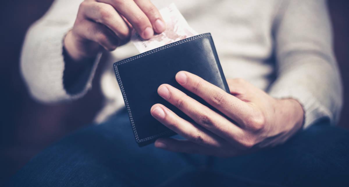 Мужской кошелек: выложи все лишнее