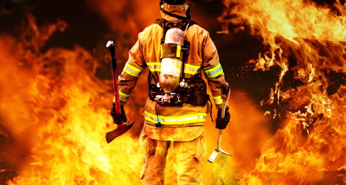 Как вынести человека из горящего здания