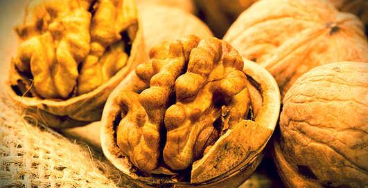Хочешь иметь здоровую сперму – ешь орехи!