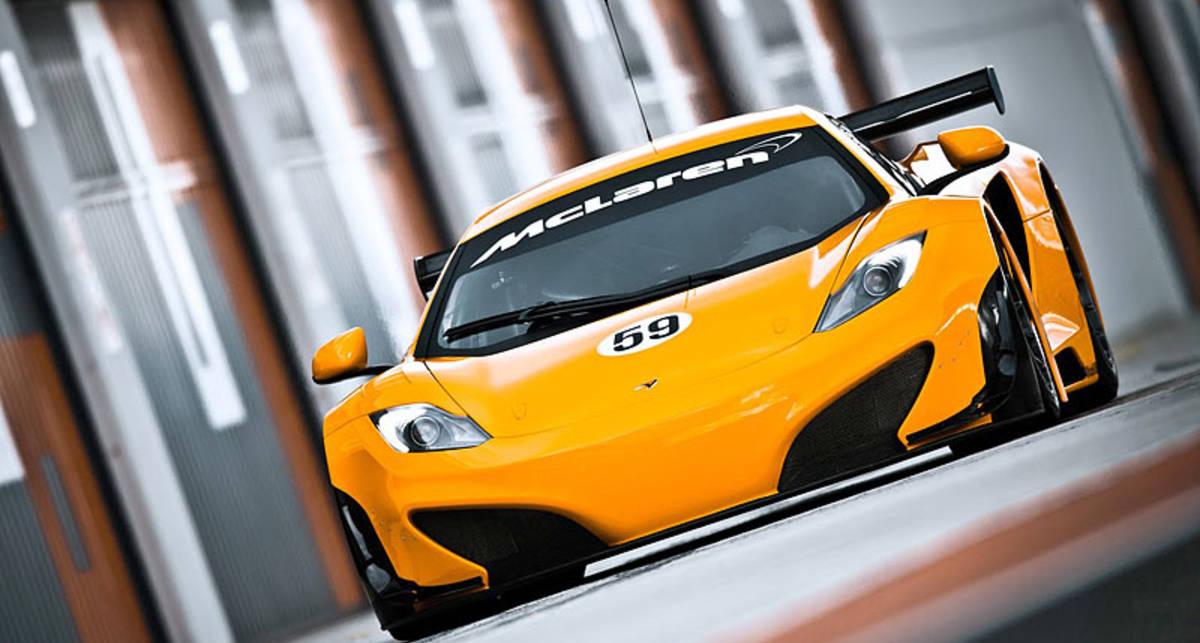 Гоночный McLaren MP4-12C GT3 оказался слабее