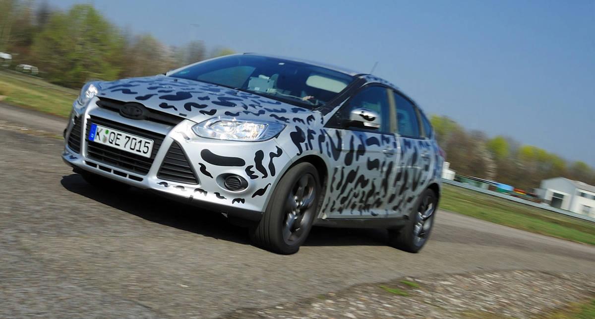 Ford пустил новый Focus ST по миру