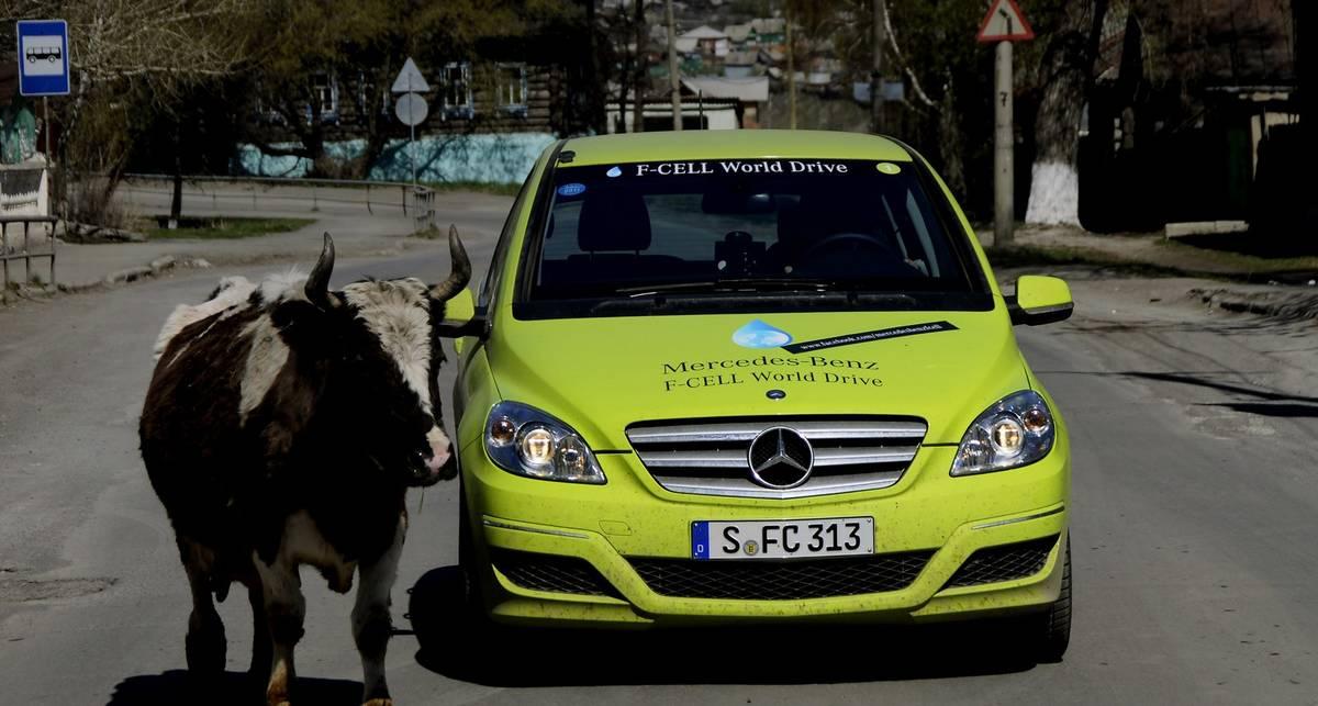 Mercedes-Benz проехал 30 тыс. км на водороде (фото)