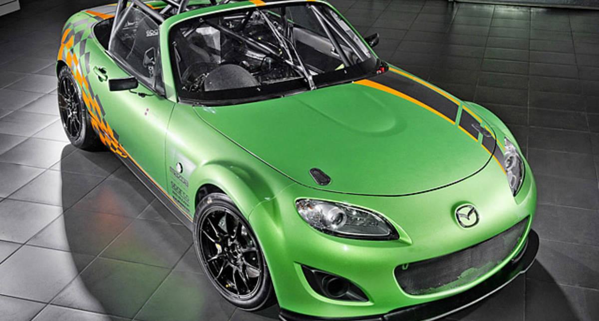 Ради мощности в Mazda избавились от салона (фото)