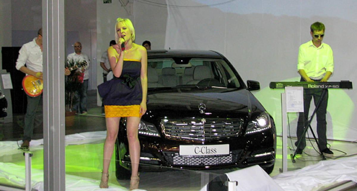 В Киеве показали самый популярный Mercedes-Benz (фото, видео)