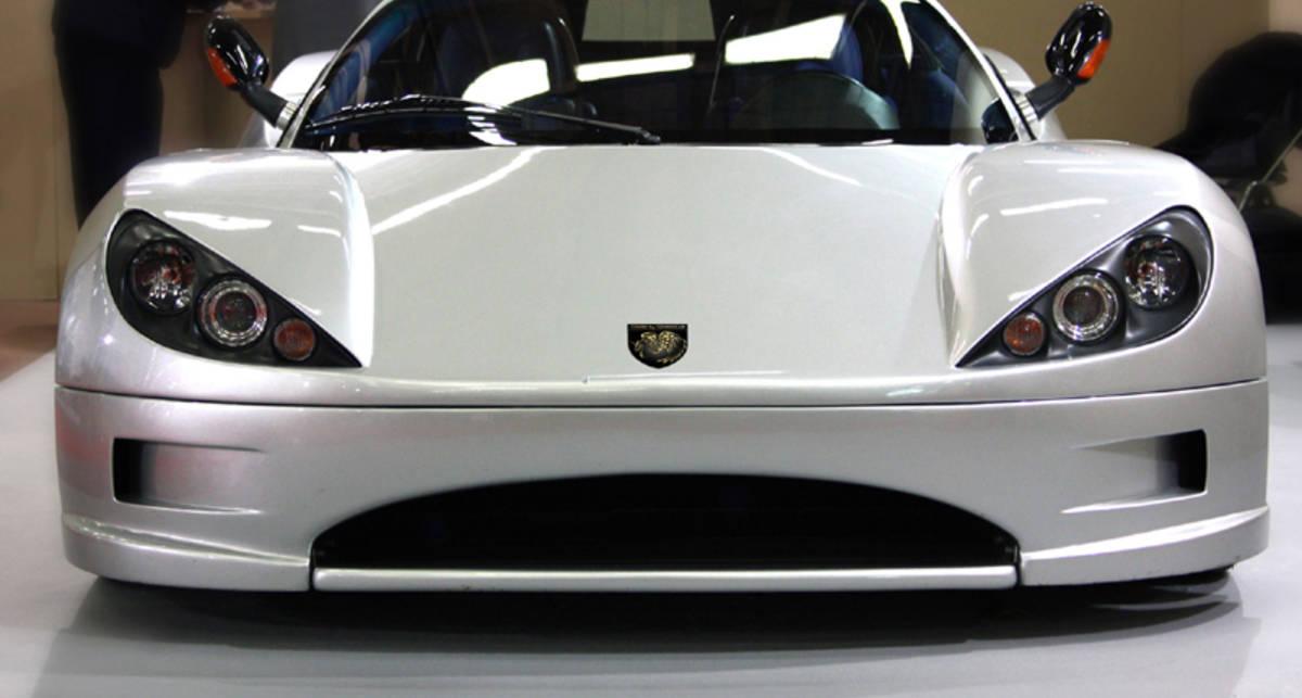 От нового итальянского спорткара двоится в глазах (фото)