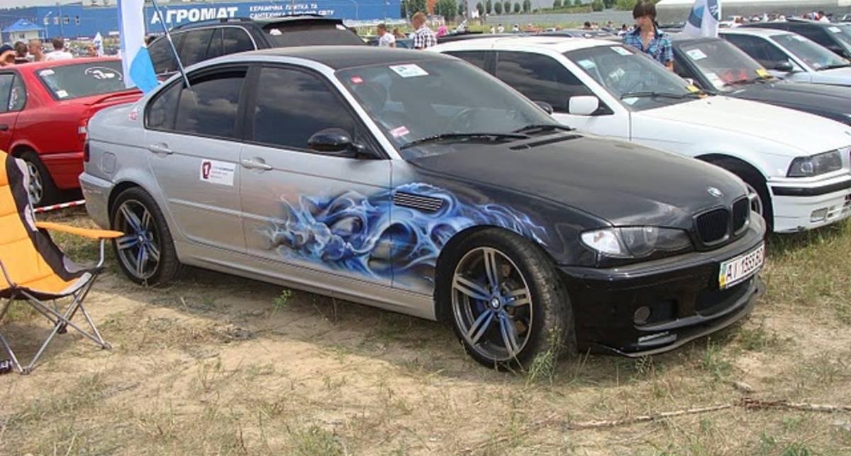 Любители BMW установили в Киеве рекорд (фото)