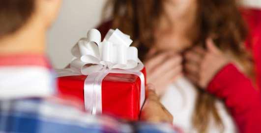 День святого Валентина: что подарить девушке