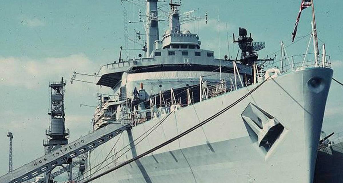 Как умирают корабли: демонтаж британского военного судна