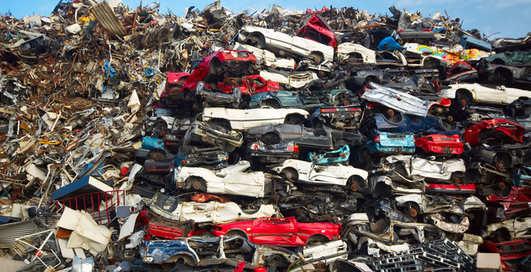 Деньги не пахнут: как заработать миллионы на мусоре?