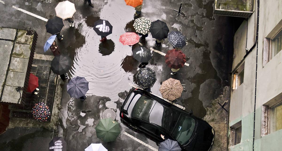 Дождь, до свидания: ТОП крутых зонтов сезона